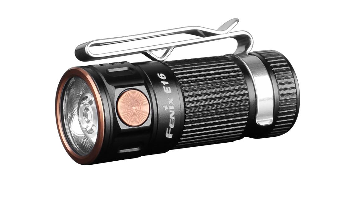 Svítilna Fenix E16, 700 lumenů