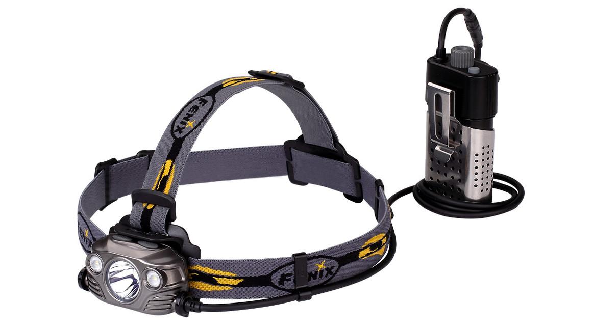 Čelovka Fenix HP30R, 1750 lumenů