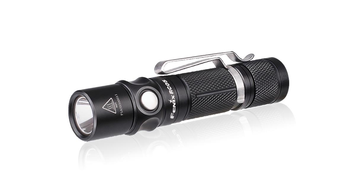 Nabíjecí svítilna Fenix RC05, 300 lumenů