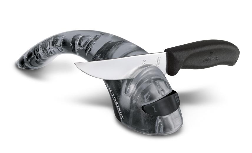 Victorinox bruska na nože s keramickým mechanismem, černá