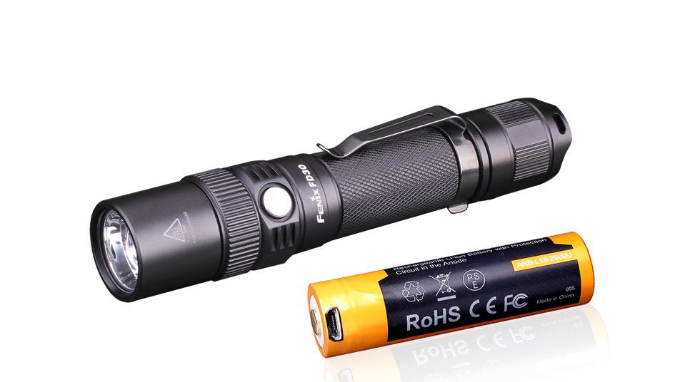 Zaostřovací svítilna Fenix FD30 + USB aku 2600 mAh